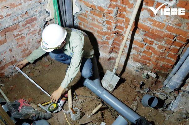 Lắp đặt ống thoát nước cho biệt thự