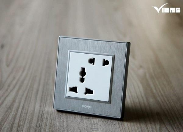 ưu điểm ổ cắm điện 3 chấu
